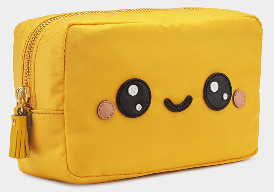 kawaii-make-up-pouch2